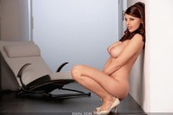 Simi strips tight brown sweater (17 pics) » Erooups - All hot and naked girls in one place